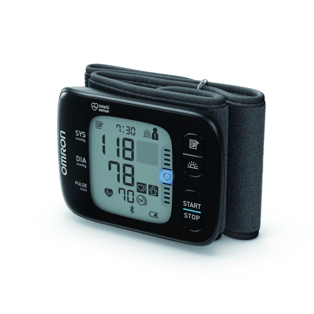 Kompaktes Blutdruckmessgereät OMRON RS7 Intelli IT