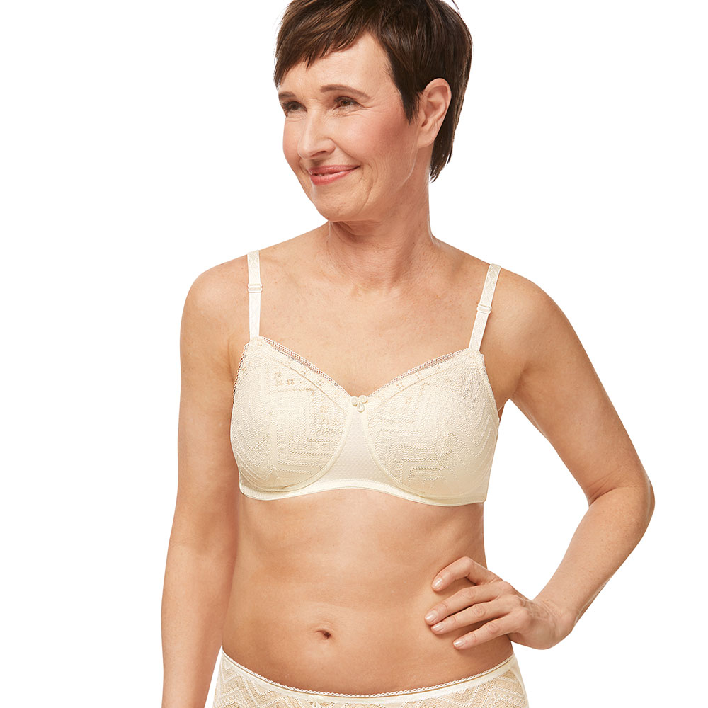 Amoena Carrie Padded SB Prothesenbh wollweiss Model vorne