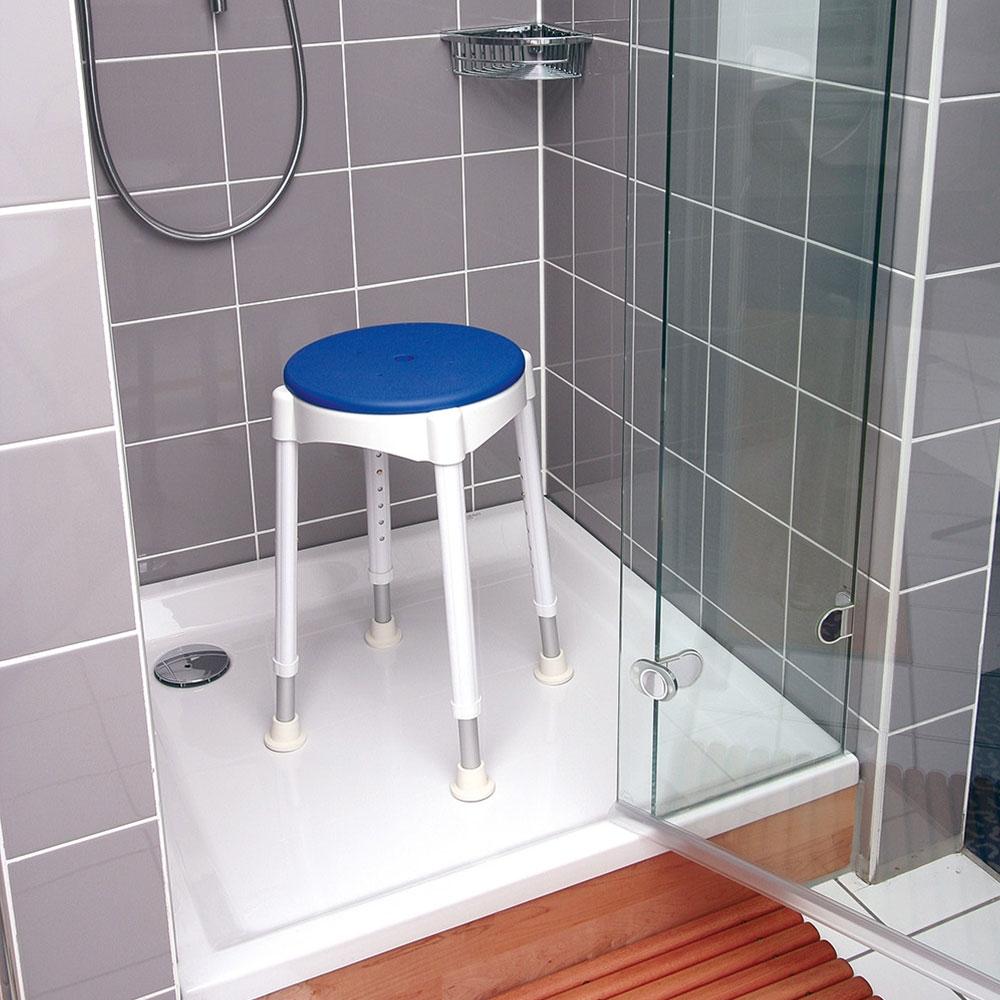 Gepolsterte Sitzauflage für mehr Komfort bei der Körperpflege