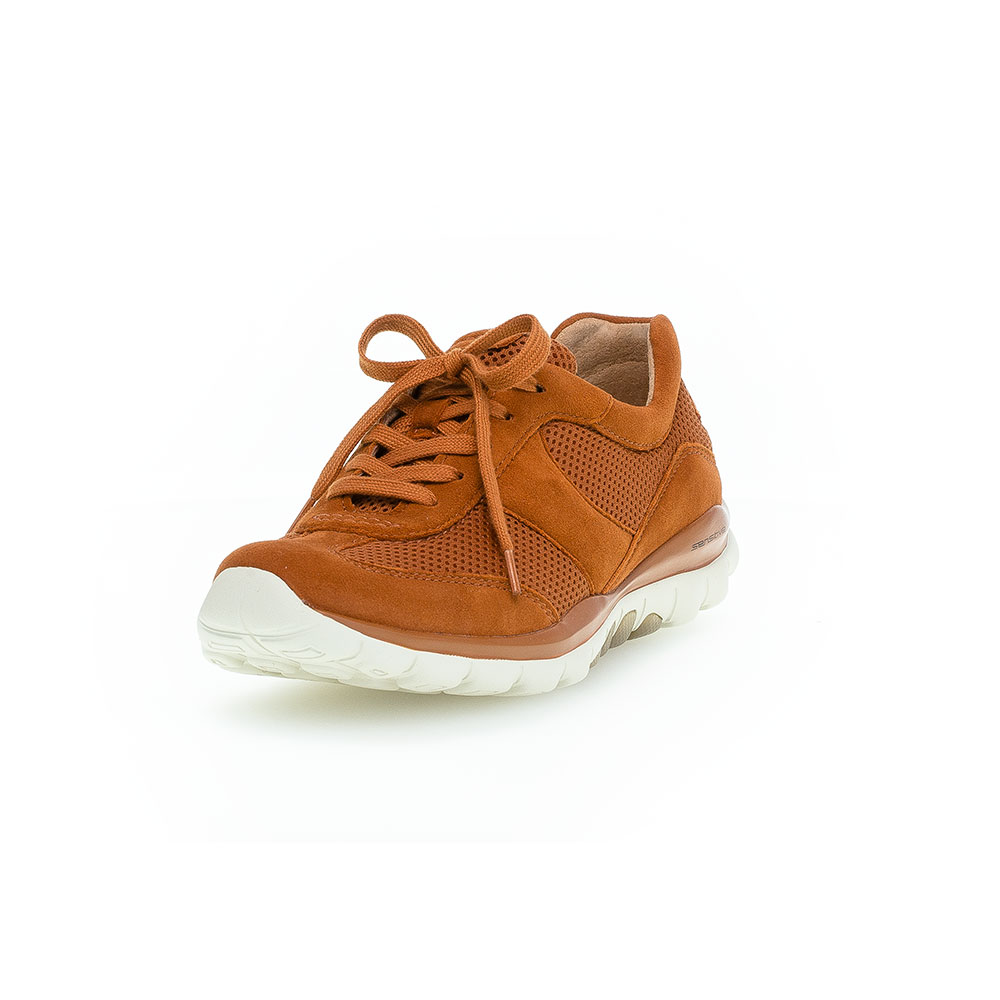 Gabor Rollingsoft sensitive  Sneaker Mesh-Rost - Ansicht vorne mit leicht hochgezogener Schuhspitze
